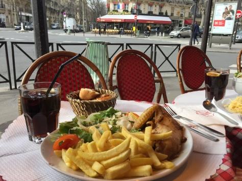 Café Le Dôme, París www.weareinfinite.blog