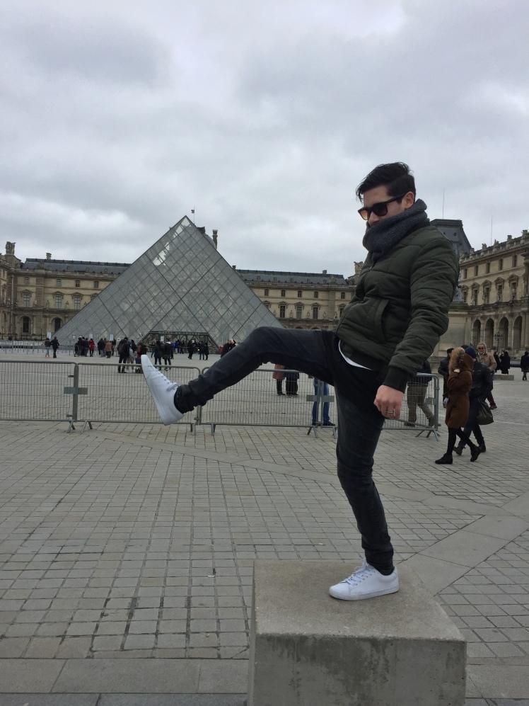 Museo del Louvre, París www.weareinfinite.blog