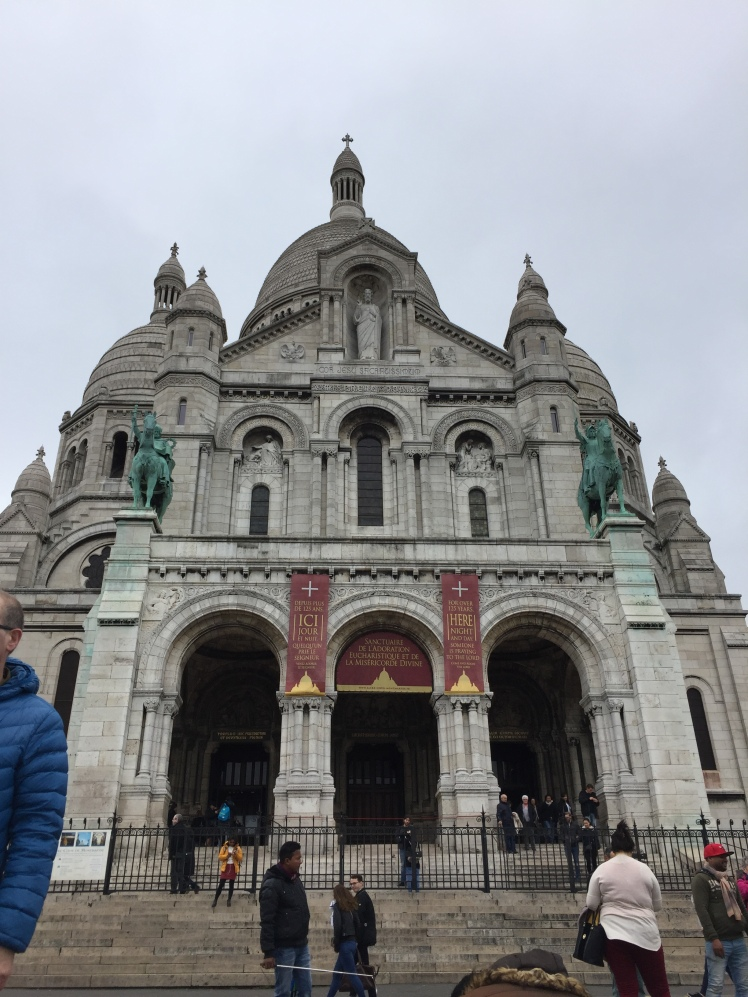 Basílica del Sagrado Corazón, París www.weareinfinite.blog