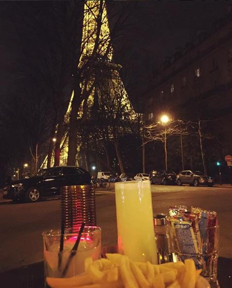 París de noche www.weareinfinite.blog