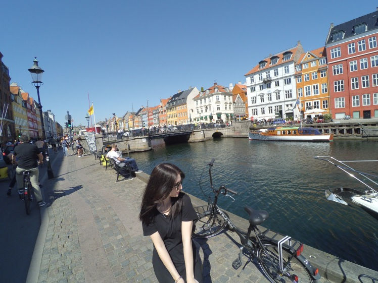 Nyhavn, Copenhague, Dinamarca www.weareinfinite.blog