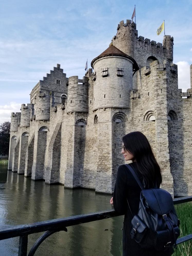 Castillo de los Condes de Gante, Gante, Bélgica www.weareinfinite.blog