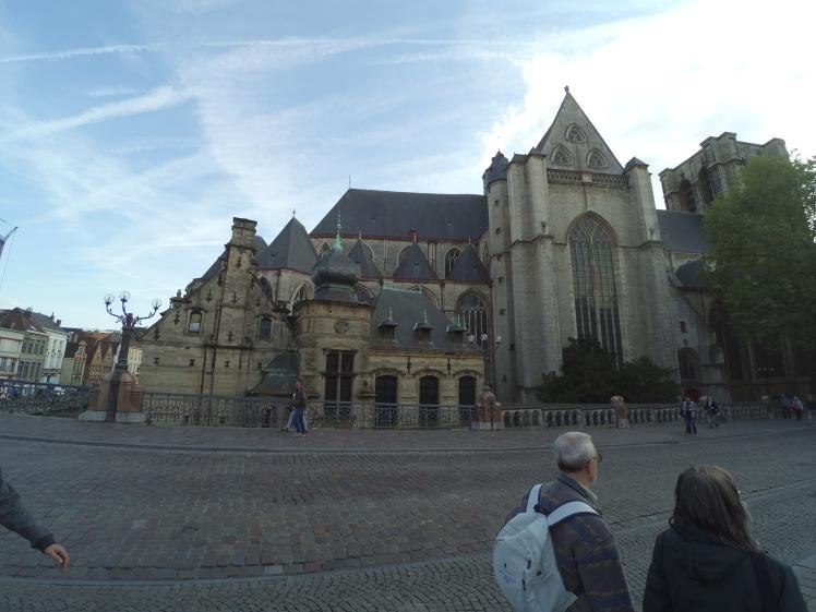 Iglesia de San Miguel, Sint-Michielskerk, Gante, Bélgica www.weareinfinite.blog