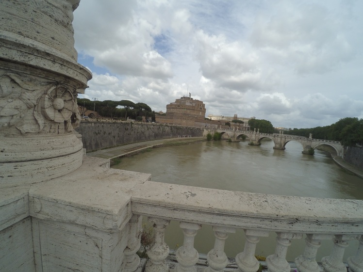 Castillo Sant'Angelo, Roma, Italia www.weareinfinite.blog