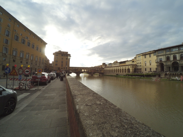 Puente Vecchio, Florencia, Italia www.weareinfinite.blog