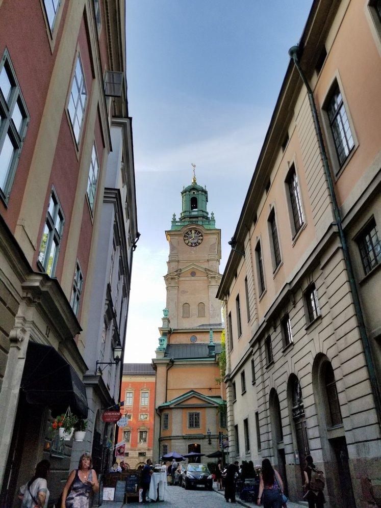 Campanario, Catedral de San Nicolás, Estocolmo, Suecia www.weareinfinite.blog